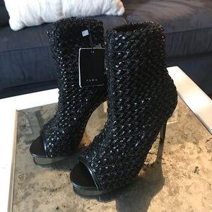 NWT Zara booties size 6